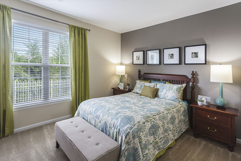 Bedroom initerior of Royersford apartment at Chestnut Pointe